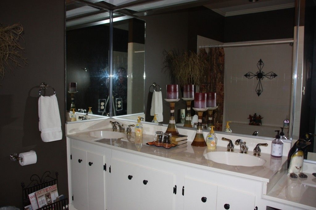 Click to enlarge image Big-Bear-Bathroom-1024x682.jpg